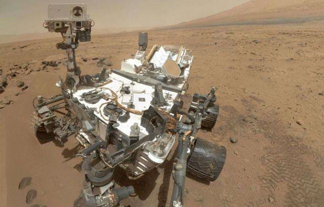 Auto-portrait du robot Curiosity, sur Mars depuis le 6 août 2012.
