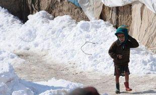 Au moins 40 enfants sont morts ce dernier mois en Afghanistan du fait d'une vague de froid exceptionnelle accompagnée d'importantes chutes de neige, a-t-on appris dimanche auprès du ministère de la Santé.