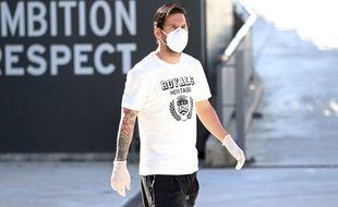Lionel Messi, armé jusqu'aux dents pour dribbler le coronavirus