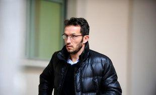 L'ancien joueur de football Ghislain Anselmini arrive au tribunal, 11 janvier 2016 à Chambéry