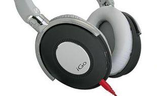 Le Bold de Rocking Residence coûte à peine 30€.Le casque à arceau pliable v-Jays de Jays ne pèse que 59g.Le Slim de IN2 est fourni avec des cordons jack de différentes couleurs.Le City de iGoest équipé d'un micro et d'un adaptateur Skype.Le Mixr de Beats, conçu par des DJ.