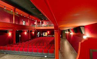 La Ciotat le 9 octobre 2013 - L'Eden Théâtre est le plus vieux cinéma du monde . En 1899 a eu lieu la première projection publique de l'histoire du cinéma avec un film des frères Lumière .