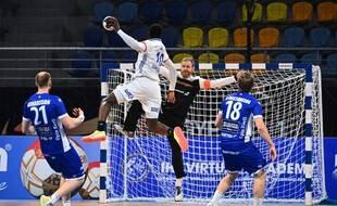 A la mi-temps, les Français mènent de deux buts contre l'Islande, le 22 janvier 2021.