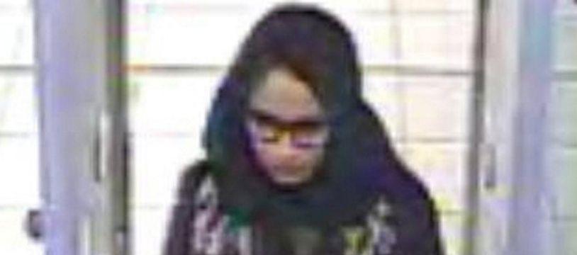 Image de Shamima Begum, prise le 17 février 2015 par une caméra de vidéosurveillance à l'aéroport de Gatwick, au sud de Londres.