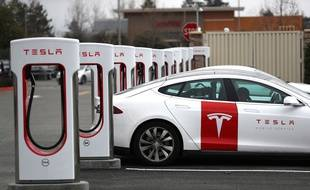 Tesla: des véhicules totalement autonomes dès fin 2019
