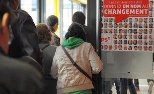 Le 09 10 2011, à Strasbourg, à lieu le vote pour les primaires socialistes. Illustrations au bureau de vote Schoepflin