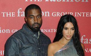 Le rappeur Kanye West et son épouse Kim Kardashian