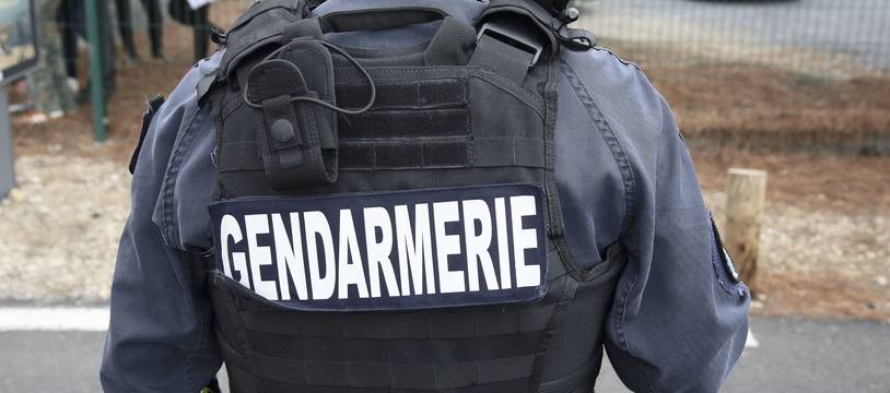 Les gendarmes on dû faire usage de leurs armes..
