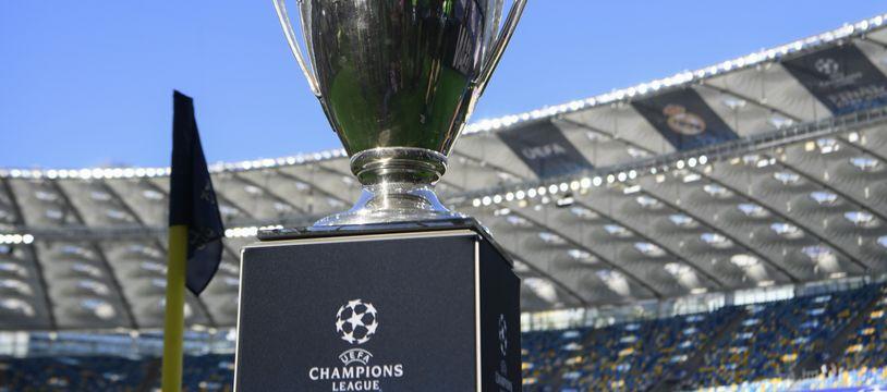 Le trophée de la Ligue des champions.