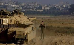 """Hosni Moubarak et Ehud Olmert ont discuté de """"l'accalmie"""" conclue la semaine passée entre l'Etat hébreu et le Hamas et entrée en vigueur jeudi à Gaza, mais aussi des négociations de paix entre Israël et l'Autorité palestinienne, a déclaré à la presse le porte-parole de la présidence, Souleimane Awwad."""