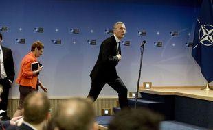 Jens Stoltenberg, le secrétaire général de l'Otan, s'apprête à prendre la parole au siège de l'organisation à Bruxelles.