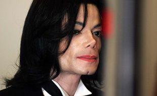 Michael Jackson, le 24 mai2005 àSanta Maria (Etats-Unis).