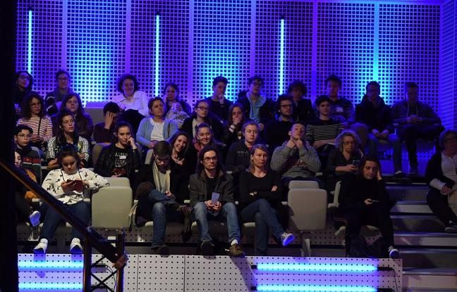 Les députés pendant la session parlementaire, à Lille, le 21 mars 2019.