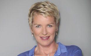 Elise Lucet propose et présente l'émission d'enquêtes «Cash Investigation»