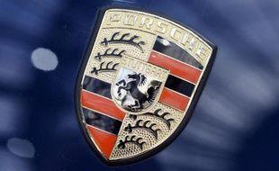 Le logo Porsche (illustration)