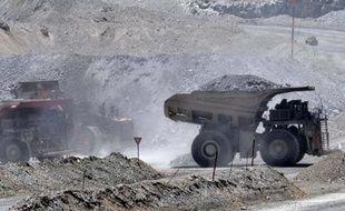Le producteur canadien de cuivre First Quantum Minerals a annoncé que son offre publique d'achat de 5,1 milliards de dollars canadiens (3,9 milliards d'euros) sur son compatriote Inmet, lui avait permis d'acquérir 85,5 % de son capital.