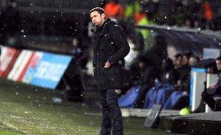 Rémi Garde, l'entraîneur de Lyon, le 10 février 2013, contre Lille, à Gerland.