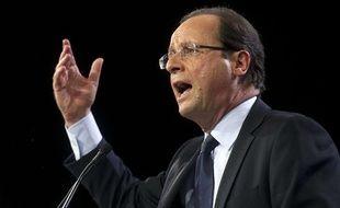 François Hollande au Bourget, pour son premier grand meeting de campagne, le 22 janvier 2012.