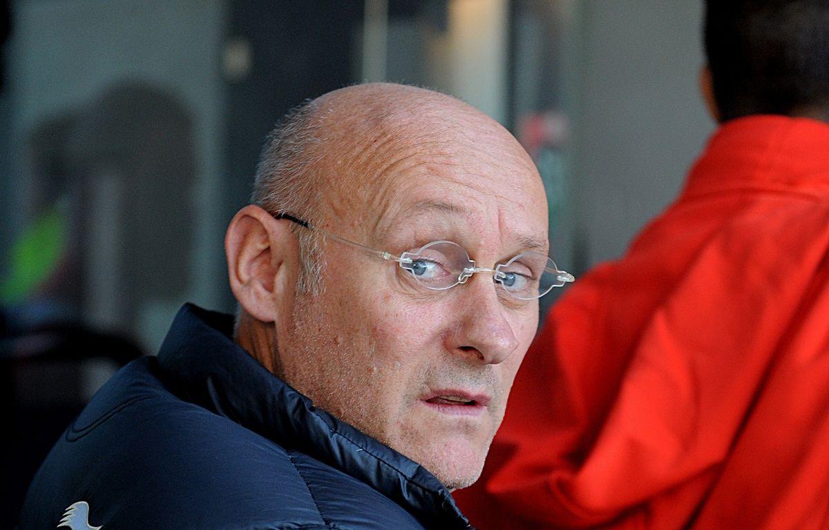 Bernard Laporte, candidat à la présidence de la FFR, le 1er novembre à Grenoble – JEAN-PIERRE CLATOT / AFP