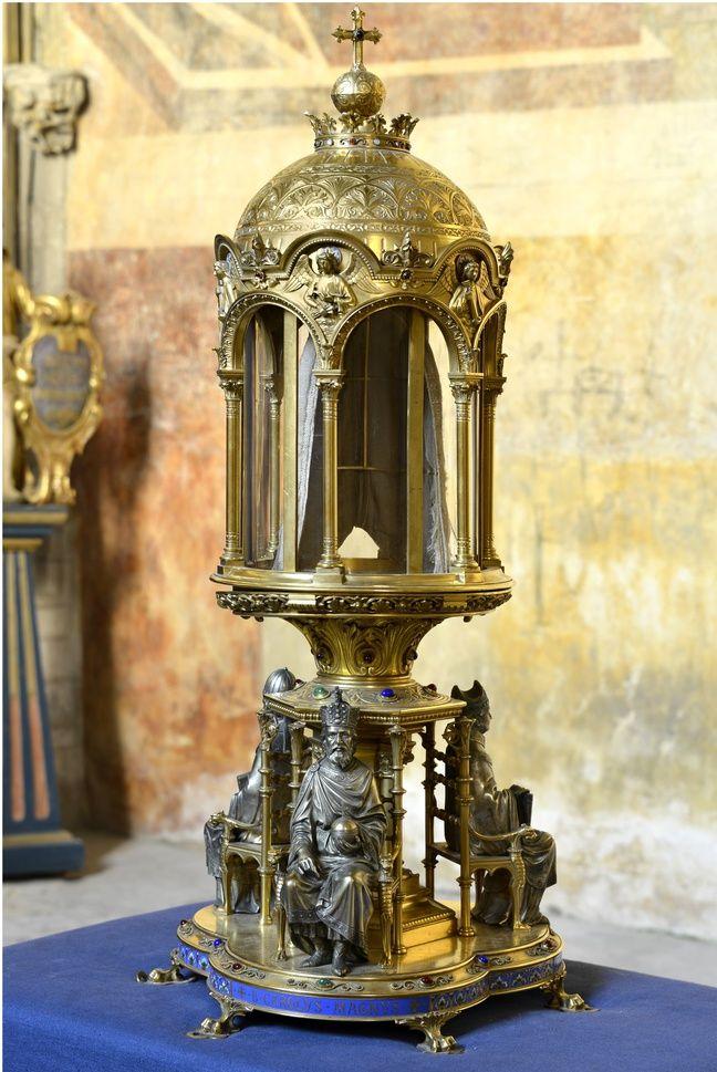 Le reliquaire et la Sainte-Coiffe de Cahors.