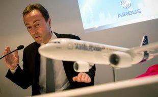 Le PDG du constructeur aéronautique Airbus, Fabrice Brégier, a déclaré que le groupe européen dépasserait son rival américain Boeing pour devenir le plus grand producteur mondial d'ici quatre ou cinq ans, dans un entretien avec le journal dominical allemand Welt am Sonntag.