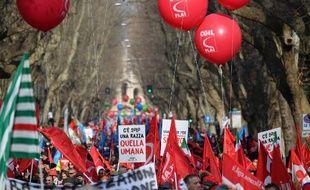 Manifestation à Rome, en Italie, à l'appel des syndicats contre la politique économique du gouvernement, le 9 février 2019.