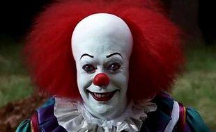 """Grippe-Sou le clown du film """"Il est revenu"""", adapté du roman """"Ça"""" de Stephen King."""
