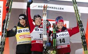 Le Norvégien Eldar Roenning a remporté samedi le 50 km style classique d'Oslo en s'imposant au sprint devant le Suisse Dario Cologna, déjà assuré de remporter pour la troisième fois la Coupe du monde de ski de fond.