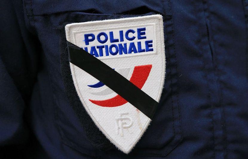 Paris : Une policière de 26 ans s'est suicidée avec son arme de service