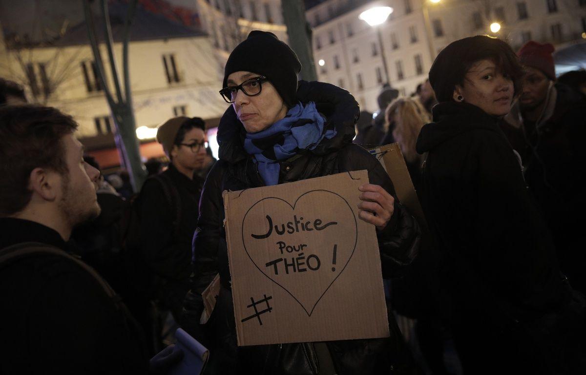Manifestation en soutien à Théo et contre les violences policières à Paris, le 8 février 2017. – Christophe Ena/AP/SIPA