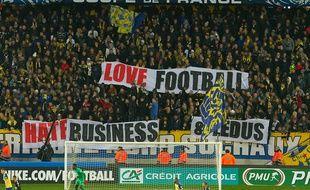 Les supporters de la Tribune Nord Sochaux contre le PSG cette saison.