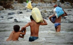 Le bilan des inondations dans le sud des Philippines s'est brusquement alourdi mardi, les autorités annonçant 200 morts supplémentaires et prévenant que d'autres corps devraient être découverts, en raison de l'odeur persistante de cadavres.