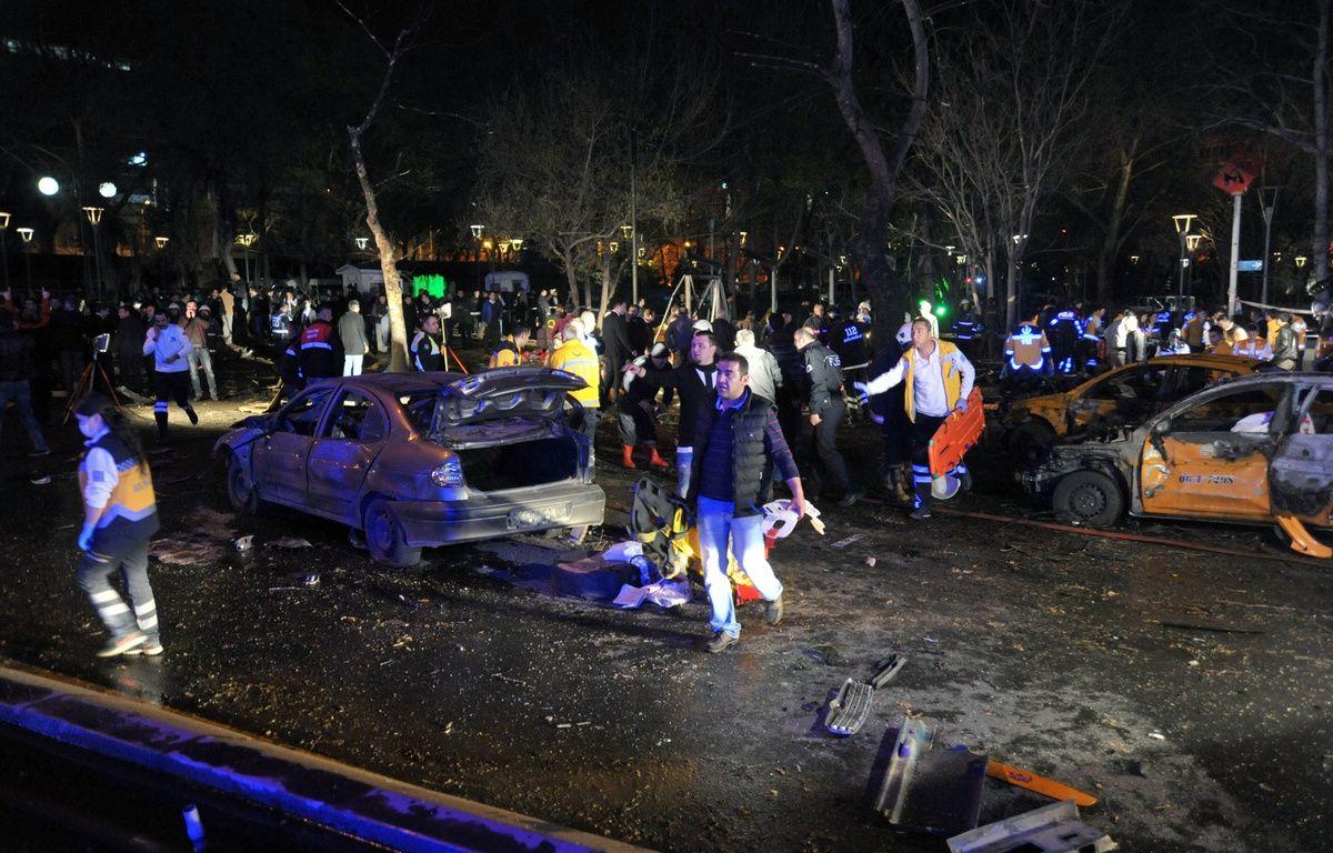 Le lieu de l'attentat-suicide qui a frappé Ankara, en Turquie, le 13 mars 2016. – Mustafa Kaya/XINHUA/SIPA