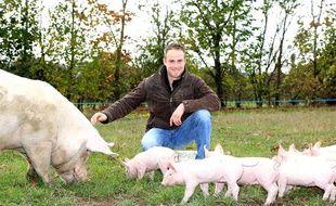 Un des agriculteurs de la dixième saison de «L''Amour est dans le pré»