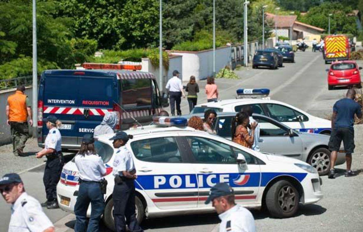 Le quartier où les deux corps ont été découverts, mardi 26 juin à Eysines, était entièrement bouclé – S.ORTOLA/20MINUTES