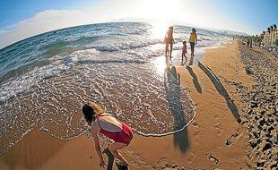 Grand soleil et jusqu'à 26 °C, dimanche, sur le sable de la cité des festivals.