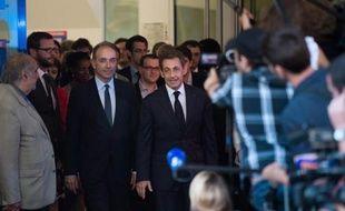 L'UMP est désormais prête à débattre du quinquennat de Nicolas Sarkozy, espérant se renouveler à quelques mois des élections municipales et européennes, qui s'annoncent aussi difficiles pour la droite que pour la gauche avec un FN en embuscade.