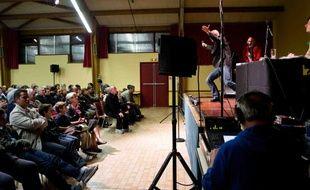Nicolas Stoufflet chauffe la salle du jeu des 1000 euros