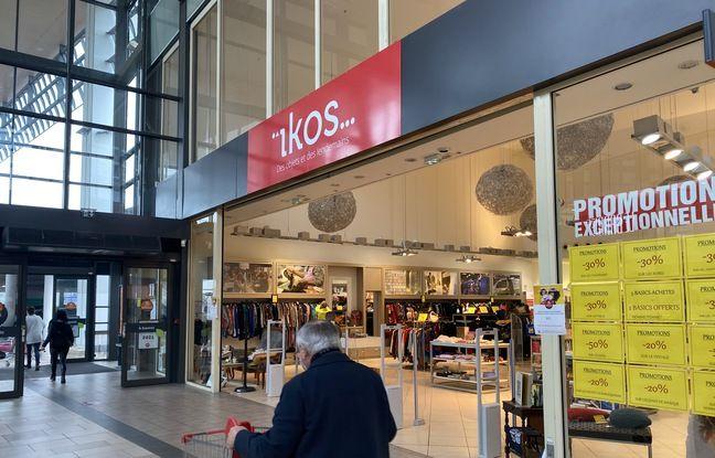 La boutique éphémère Ikos, dans la galerie commerciale Auchan-Lac à Bordeaux, regroupe des acteurs du recyclage et de la seconde main