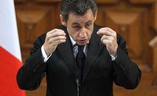"""Nicolas Sarkozy, candidat à sa réélection et donné battu par tous les sondages, espère retrouver la magie de sa campagne victorieuse de 2007 lors d'un grand meeting dimanche à Villepinte où il exposera sa """"vision"""" de la France devant des dizaines de milliers de personnes"""