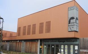 Strasbourg, le 21 janvier 2016 - L'association BeCoze a obtenu la gestion de l'espace Django Reinhardt. Parmi ses projets, ouvrir l'espace sur le quartier du Neuhof.