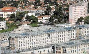 Les Baumettes est l'une des rares prisons de la région en gestion publique.