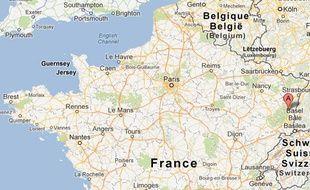Thierry Speitel, maire sans étiquette de Sigolsheim (Haut-Rhin) a porté plainte, le 2 mai 2013, après avoir reçu un courrier contenant deux douilles