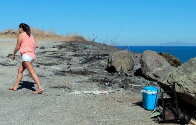 La plage de Sisco où trois véhicules ont été incendiés.