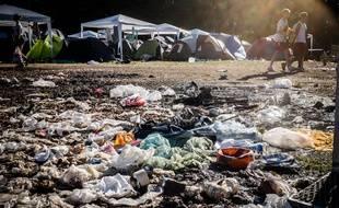 Les déchets abandonnés sur le site du festival de Roskilde, au Danemark.
