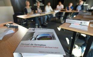 Un manuel lors d'une session de l'EAJF, l'Ecole pour agents de joueurs de football, au stade Vélodrome, le 7 octobre 2015 à Marseille