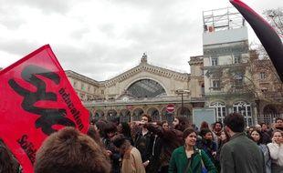 La manifestation s'est élancée de la gare de l'Est.