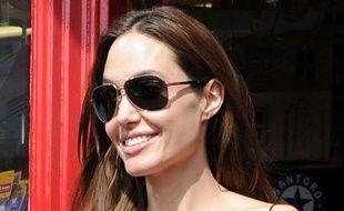 Angelina Jolie à Richmond dans le Surrey (Royaume-Uni), le 15 août 2011.
