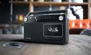 Comme le M-152 RC de la marque Muse, des lecteurs de cassettes audio de nouveau dans les magasin