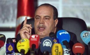 Le ministre de l'Intérieur, Najem Gharsalli s'adresse aux journalistes le 26 mars 2015 à Tunis